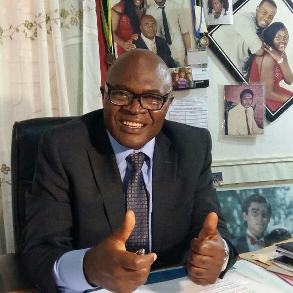Dr Nick Ngwanyam
